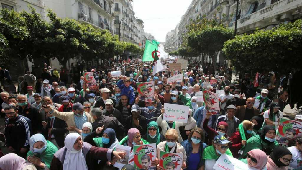 Algérie: le pouvoir hausse le ton contre les manifestants du Hirak