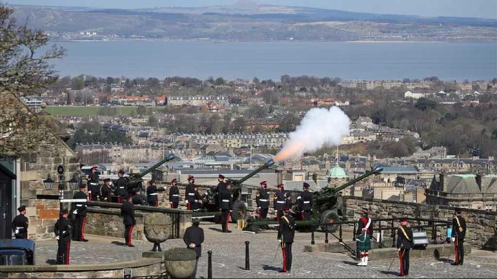 Mort du Prince Philip: de Londres à Gibraltar, des coups de canons tirés en hommage à l'époux d'Elizabeth II