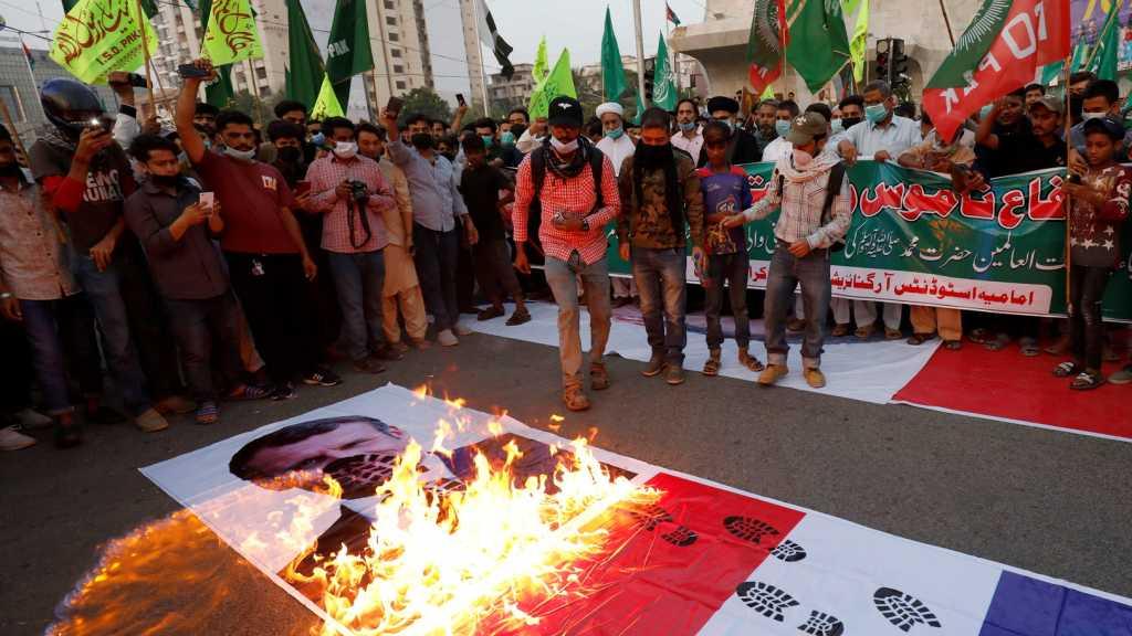 Pakistan: le gouvernement bloque les réseaux sociaux après des manifestations anti-françaises