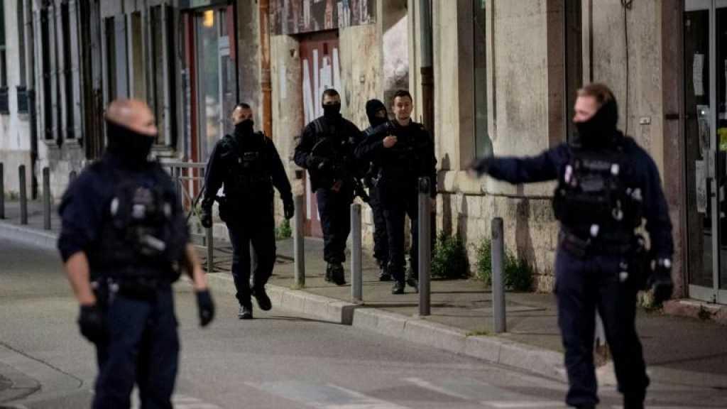 Policier tué à Avignon: une interpellation, le tireur et un complice recherchés
