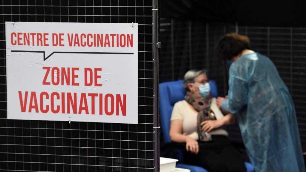 Covid-19: les vaccins efficaces contre «tous les variants du virus», l'UE rouvre ses portes
