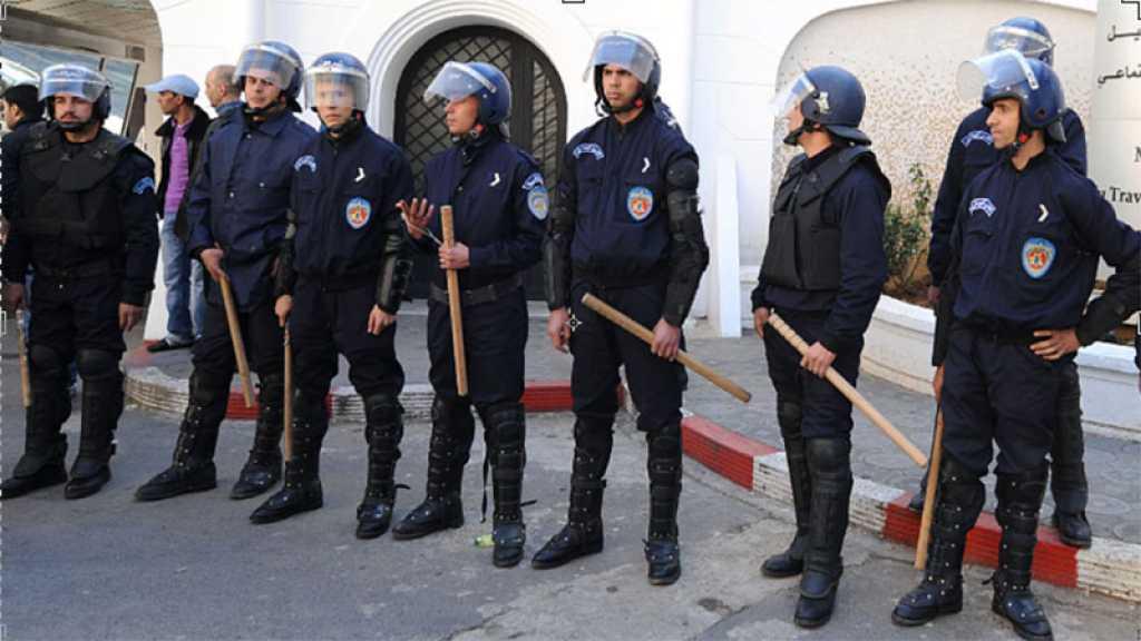 Algérie: marches interdites, le Hirak se réfugie sur les réseaux sociaux