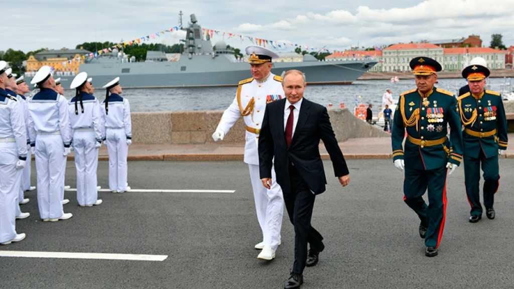 Poutine vante la flotte russe, capable de détruire «n'importe quelle cible»