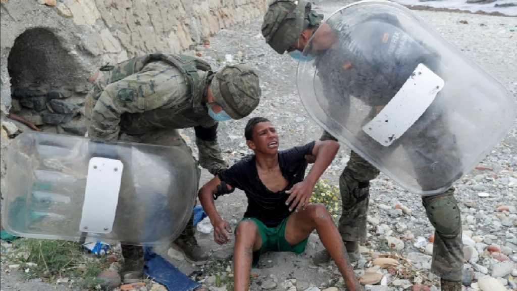 L'Espagne entame le renvoi vers le Maroc d'environ 800 migrants mineurs à Ceuta