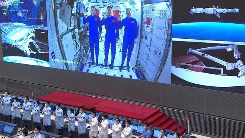 Espace: Nouvelle sortie pour deux astronautes chinois