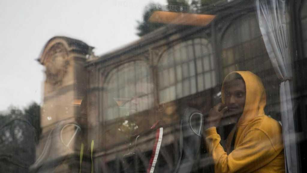 Migrants: l'UE épinglée pour sa politique de retours inefficace