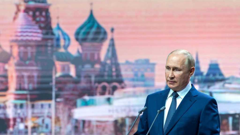Russie: Poutine s'isole après des cas de Covid-19 dans son entourage