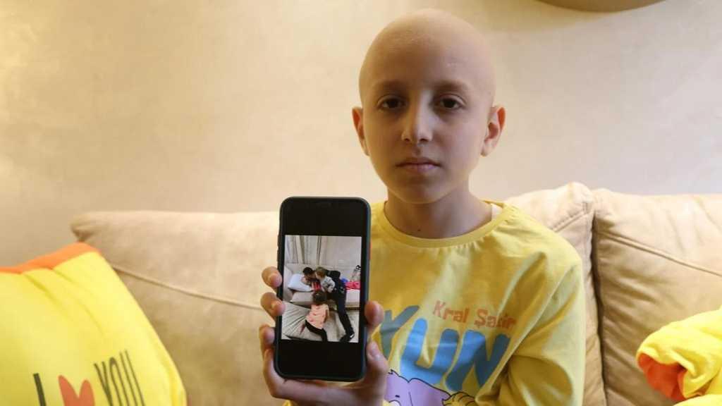 «Israël» arrête le père d'un enfant palestinien souffrant d'un cancer