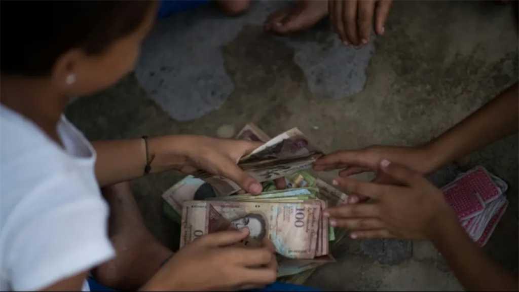 Le Venezuela dévalue à nouveau sa monnaie avec six zéros en moins