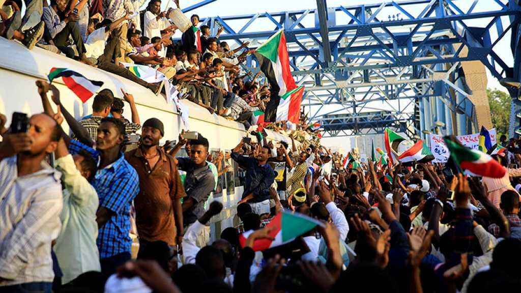 Soudan: des milliers de manifestants à Khartoum en faveur d'un pouvoir civil