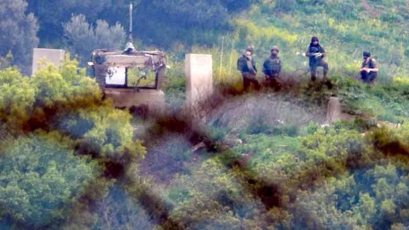 Hameaux de Chebaa: Des citoyens pénètrent dans leurs terres occupées, les soldats israéliens en alerte