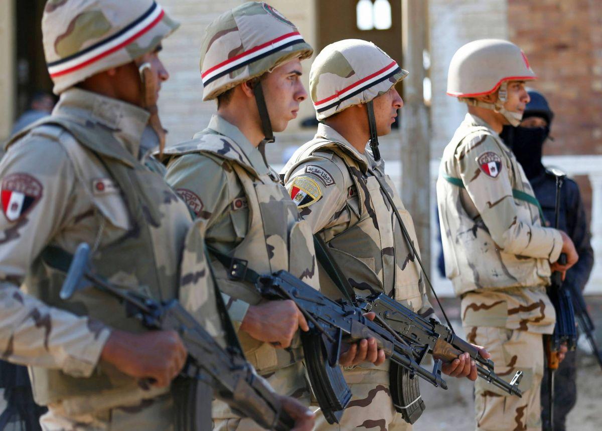 Egypte: 10 policiers tués dans une attaque armée dans le nord du Sinaï